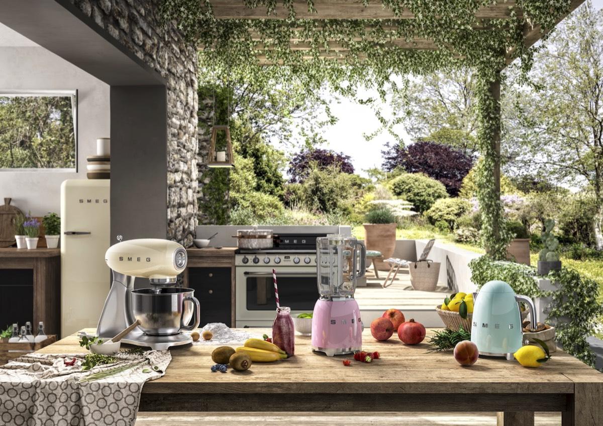 Smeg Kühlschrank Victoria : Smeg die italienische designschmiede für hausgeräte