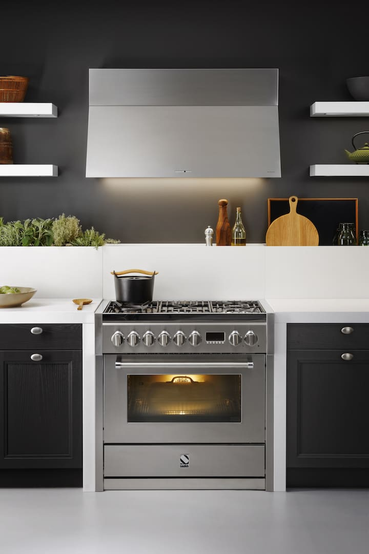 steel cucine anspruchsvolle herde und modulk chen aus italien. Black Bedroom Furniture Sets. Home Design Ideas